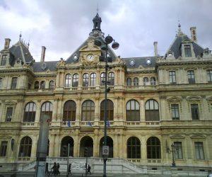 Palais_de_la_bourse.jpg